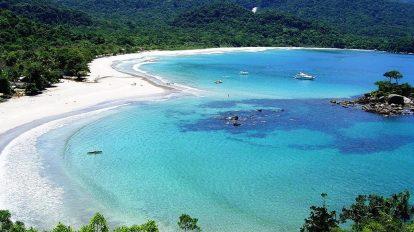 Conheça os 7,4 mil km de belezas naturais do litoral brasileiro