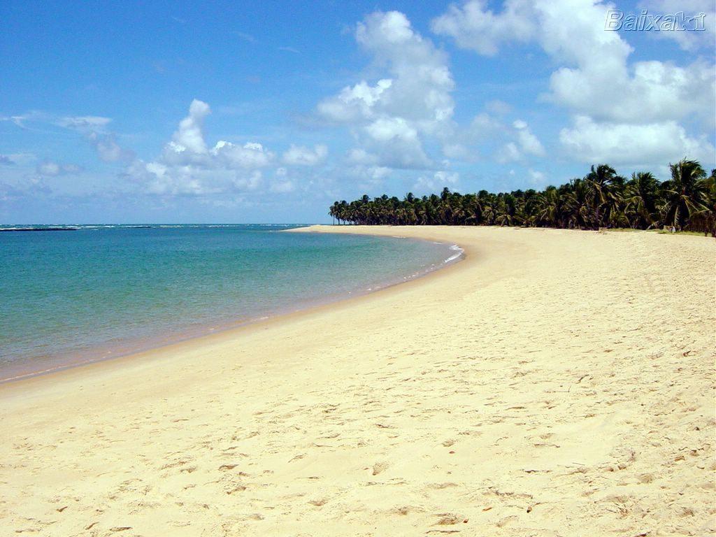 As 10 Praias Mais Bonitas do Brasil - Praia do Francês (AL)