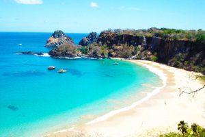 Seis Praias que Você Precisa Conhecer em Angra dos Reis