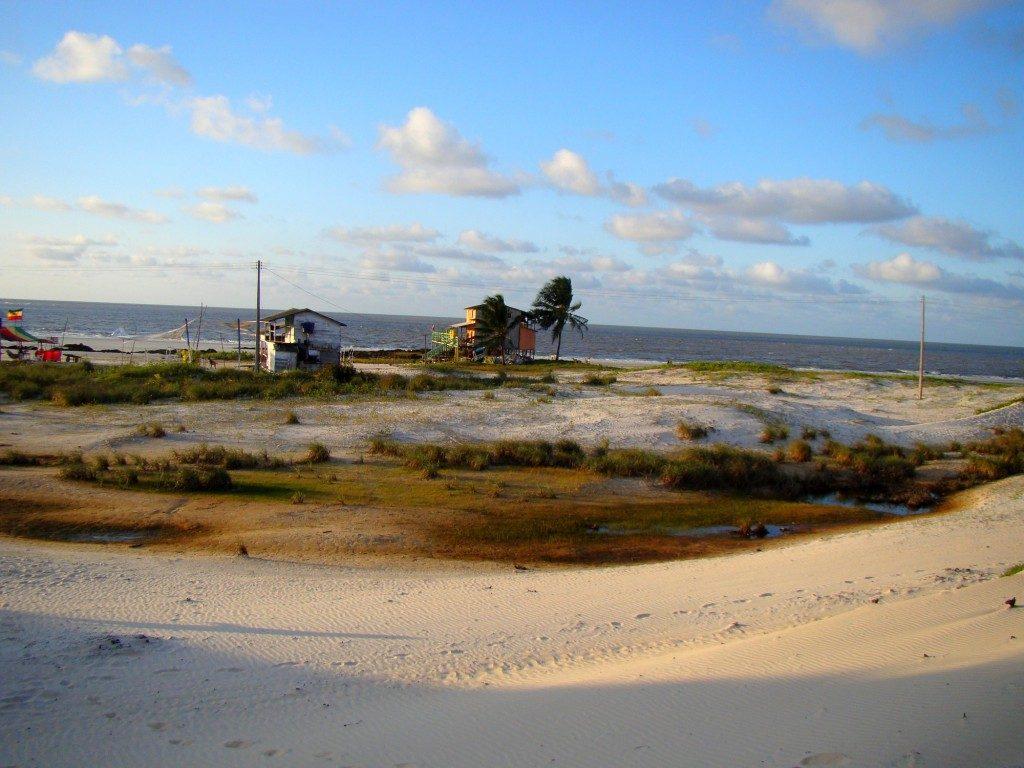Conheça os 7,4 mil km de belezas naturais do litoral brasileiro: Praia da Princesa (PA)